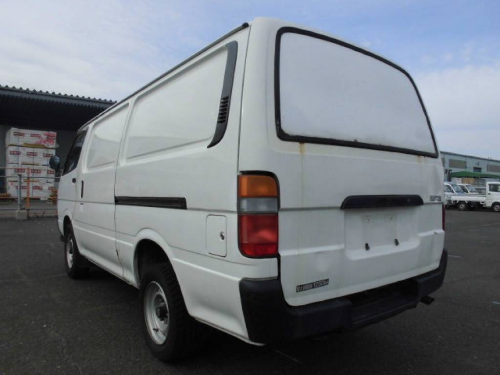 Used 2000 AT Toyota Hiace Van LH172V Image[3]