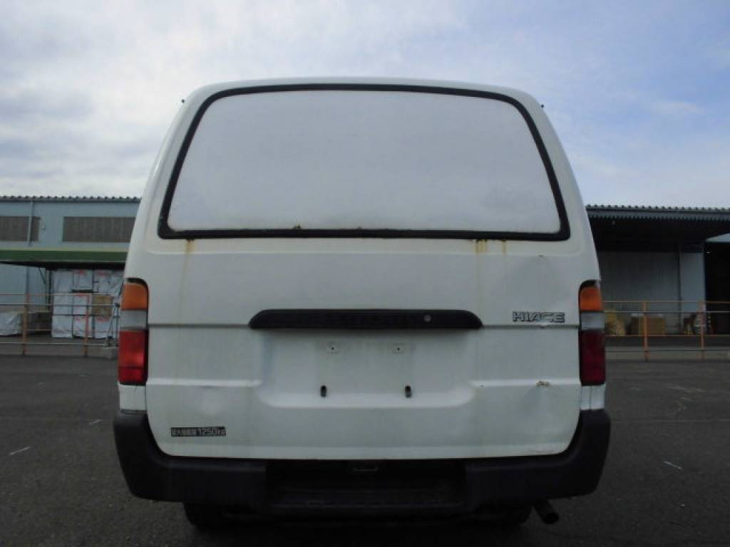 Used 2000 AT Toyota Hiace Van LH172V Image[4]
