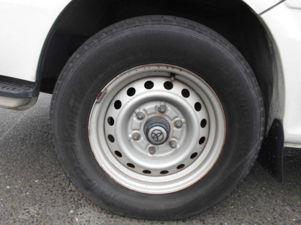 Used 2000 AT Toyota Hiace Van LH172V Image[20]
