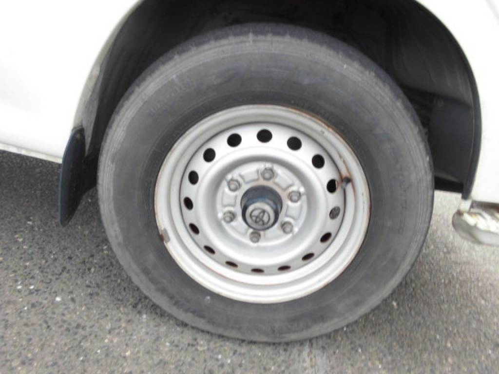 Used 2000 AT Toyota Hiace Van LH172V Image[29]
