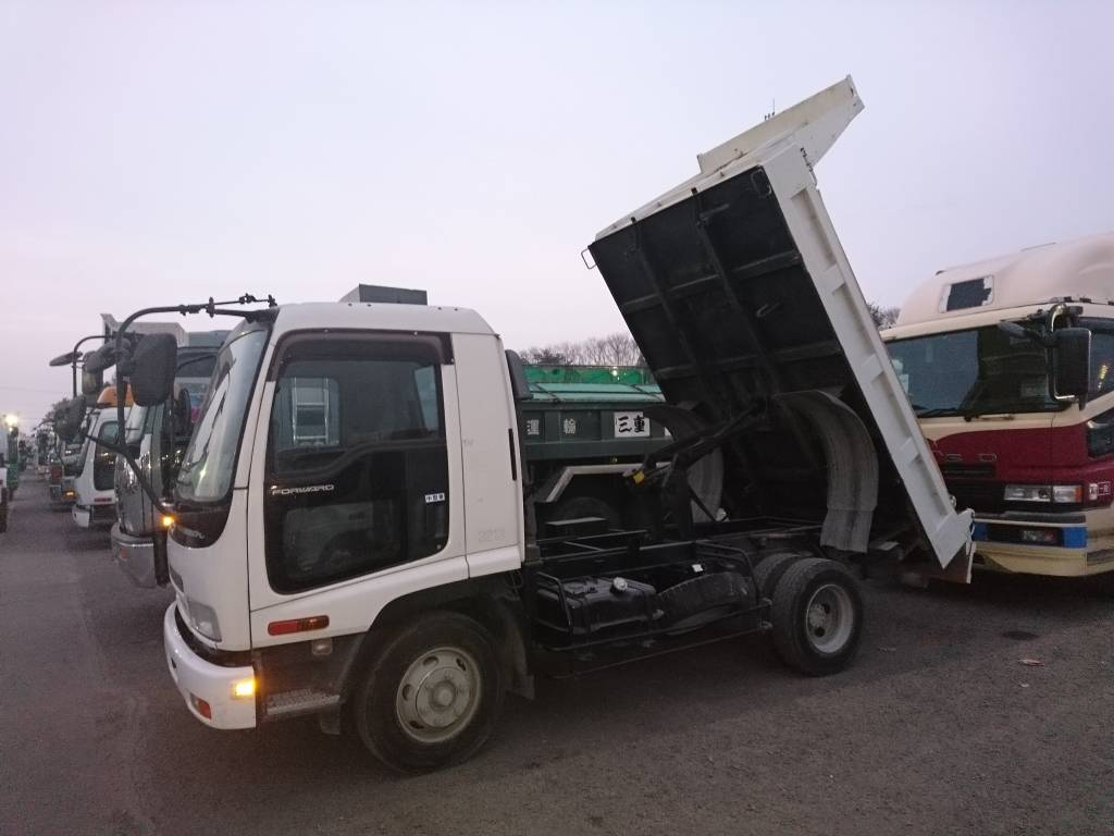 Used 2006 MT Isuzu Forward FRR90C3S