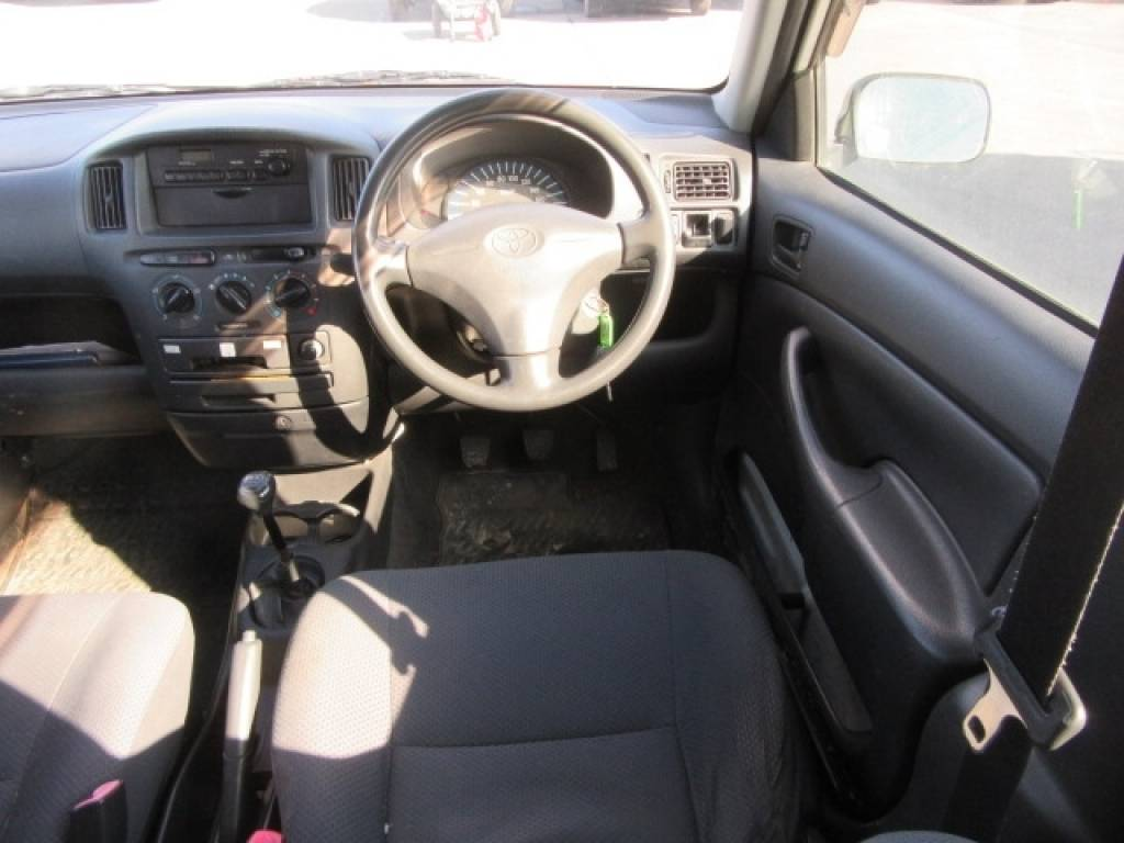 Used 2006 MT Toyota Probox Van NCP50V Image[12]
