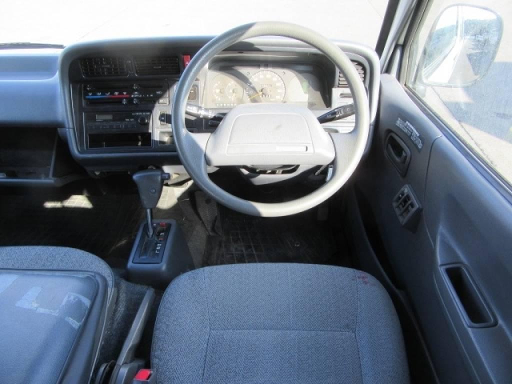 Used 1996 AT Toyota Hiace Van RZH102V Image[12]