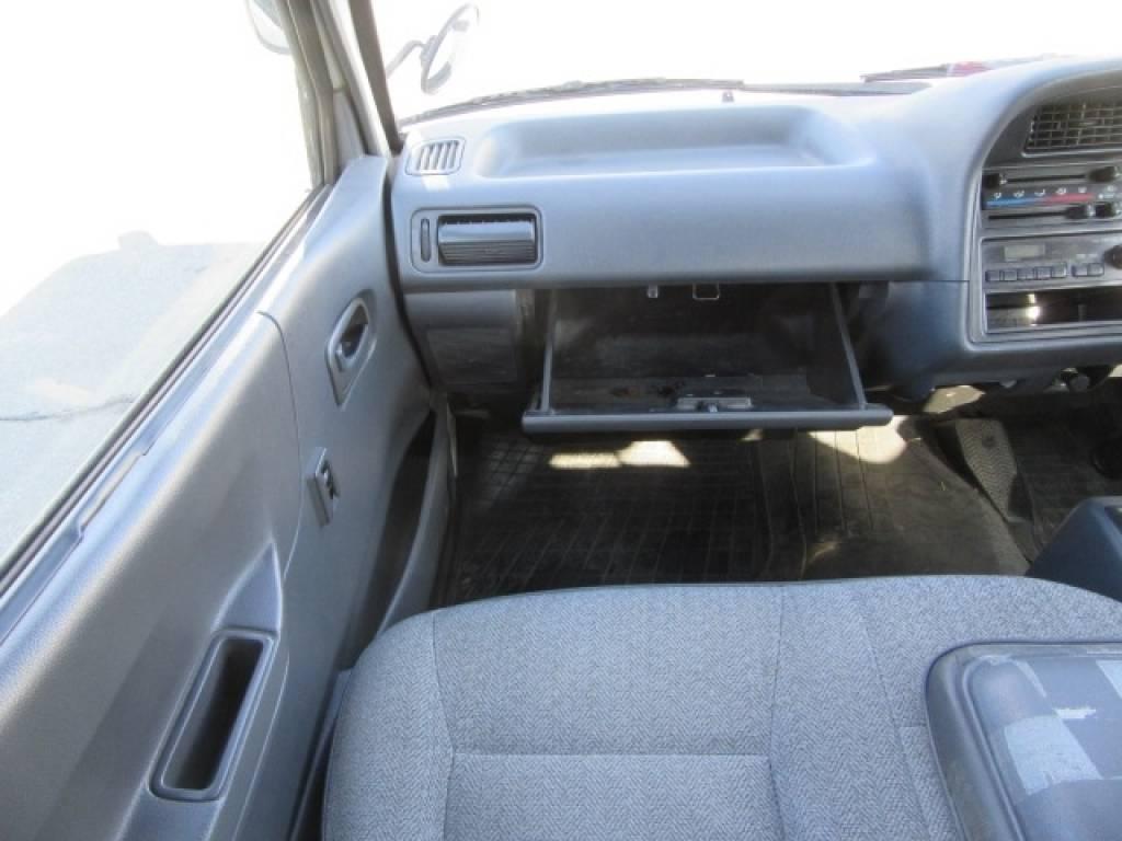 Used 1996 AT Toyota Hiace Van RZH102V Image[13]