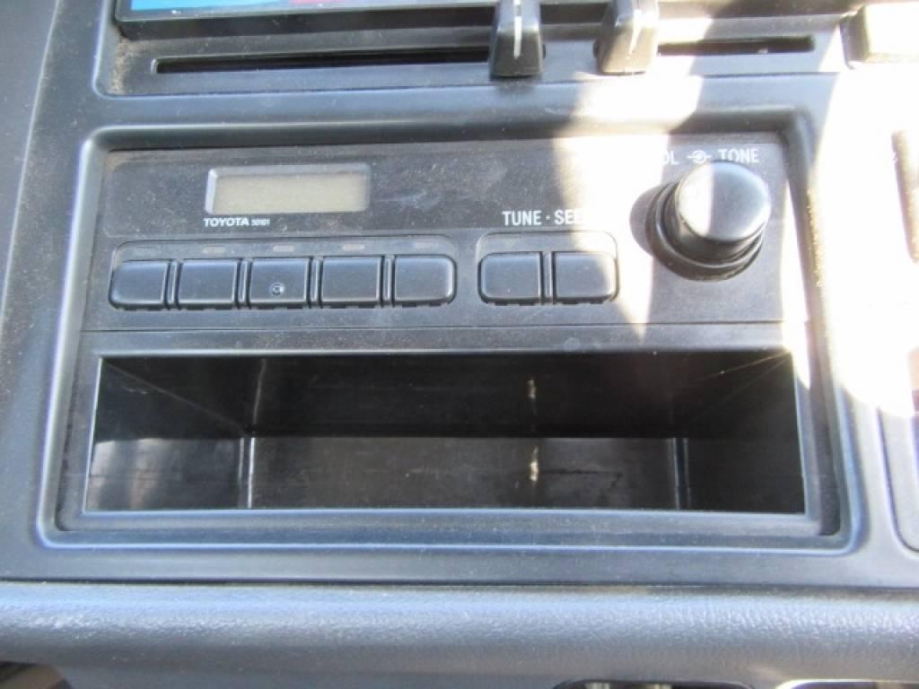 Used 1996 AT Toyota Hiace Van RZH102V Image[16]