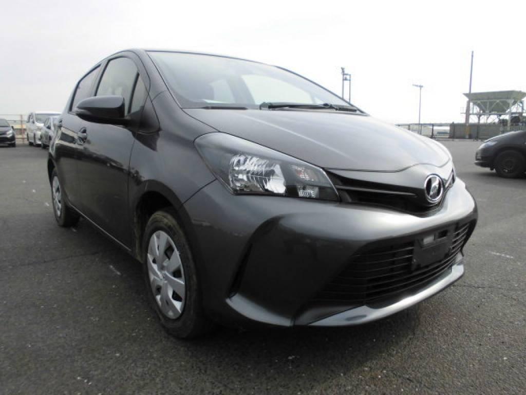 Used 2015 AT Toyota Vitz KSP130 Image[2]