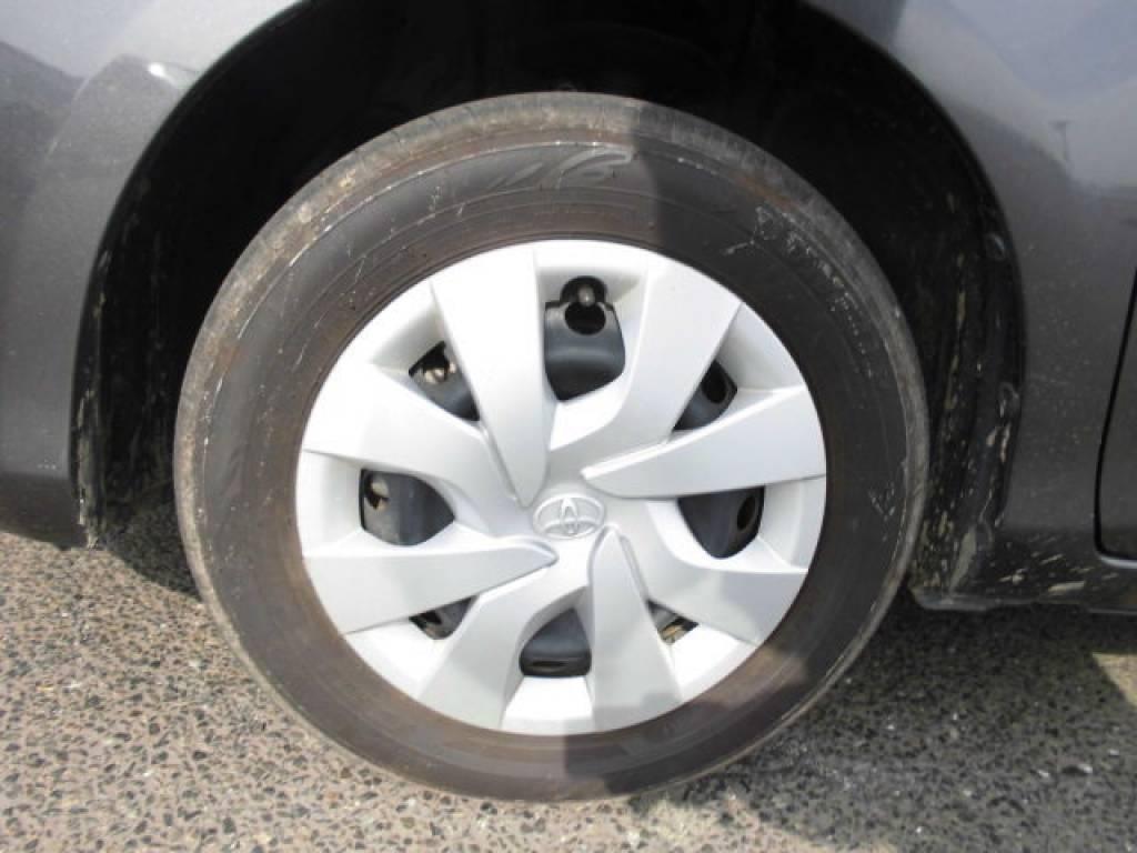 Used 2015 AT Toyota Vitz KSP130 Image[19]