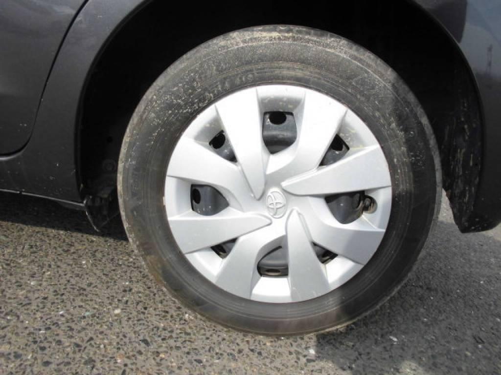 Used 2015 AT Toyota Vitz KSP130 Image[20]