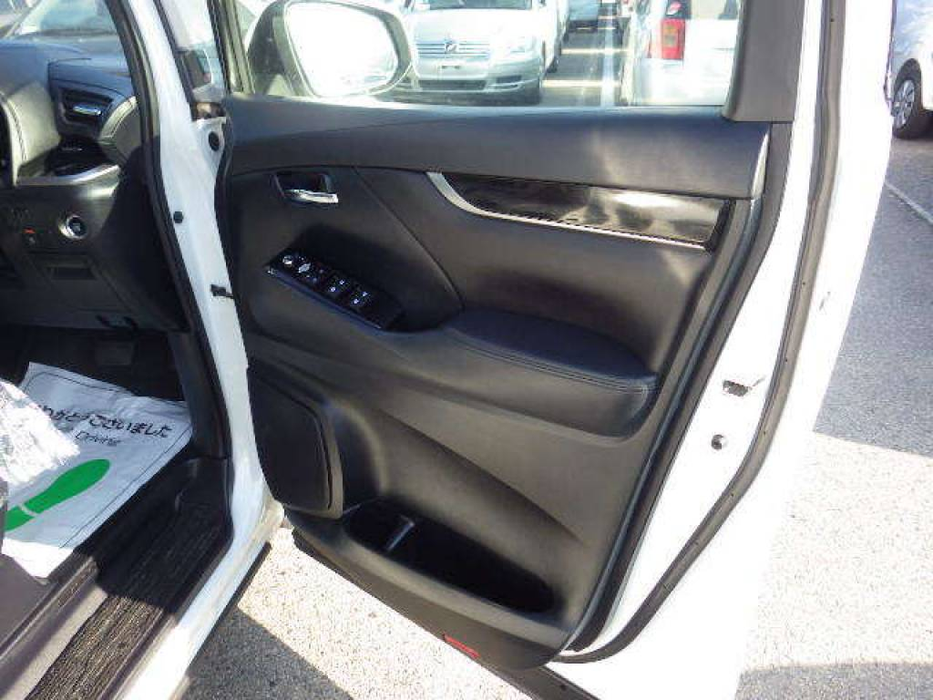 Used 2016 AT Toyota Velfire AGH30W Image[44]