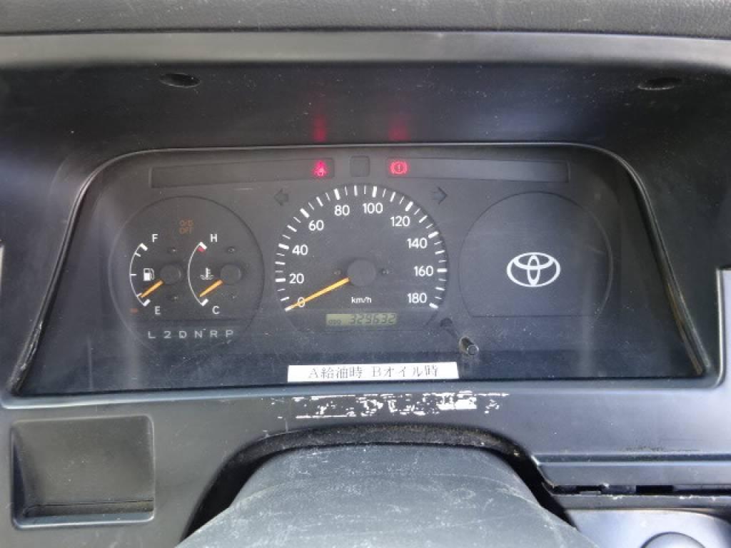 Used 2003 AT Toyota Hiace Van RZH112V Image[22]