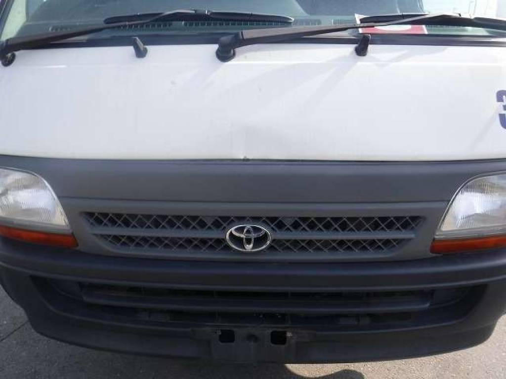 Used 2004 AT Toyota Hiace Van TRH112V Image[9]