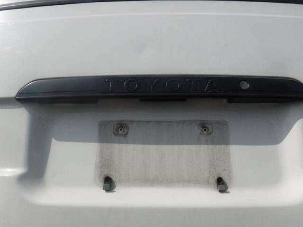 Used 2004 AT Toyota Hiace Van TRH112V Image[23]