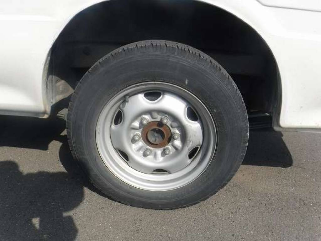 Used 2004 AT Toyota Hiace Van TRH112V Image[29]