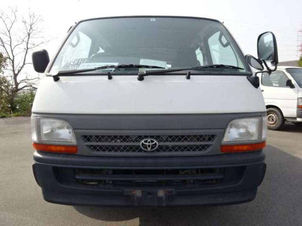 Used 2004 AT Toyota Hiace Van TRH112V Image[4]