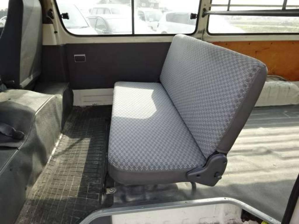 Used 2004 AT Toyota Hiace Van TRH112V Image[21]