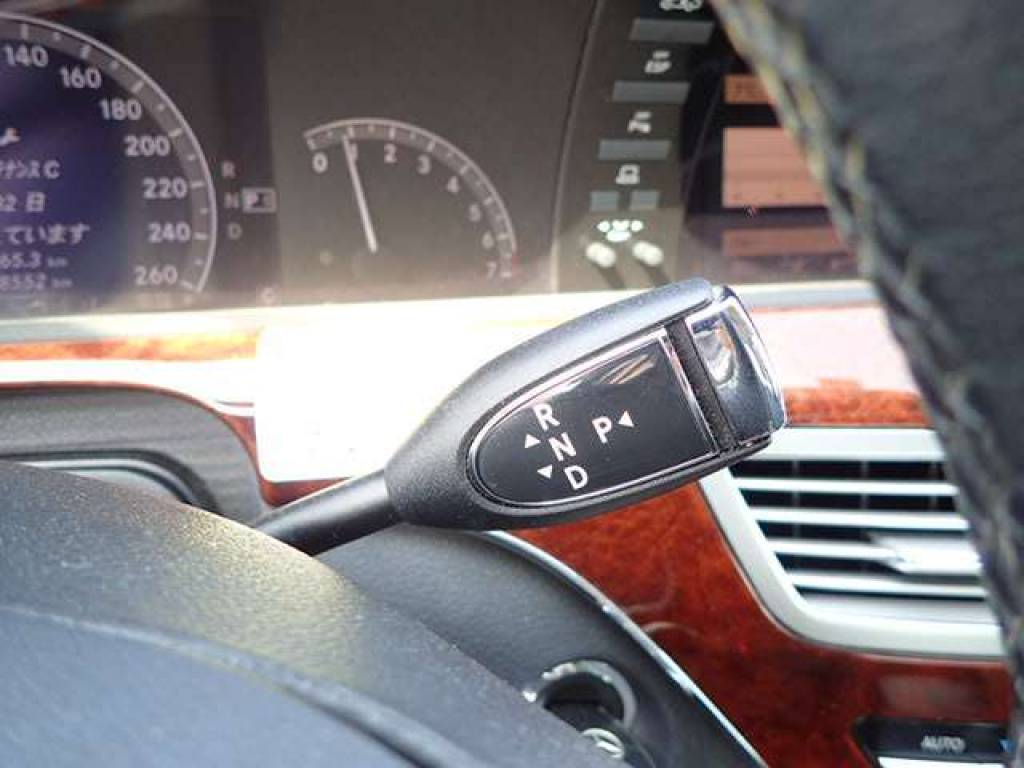 Used 2006 AT Mercedes Benz S-Class 221056 Image[9]