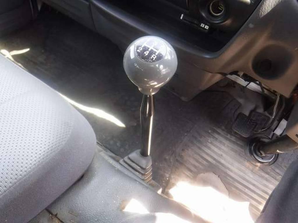 Used 2005 MT Mazda Bongo Brawny Van SKE6V Image[13]
