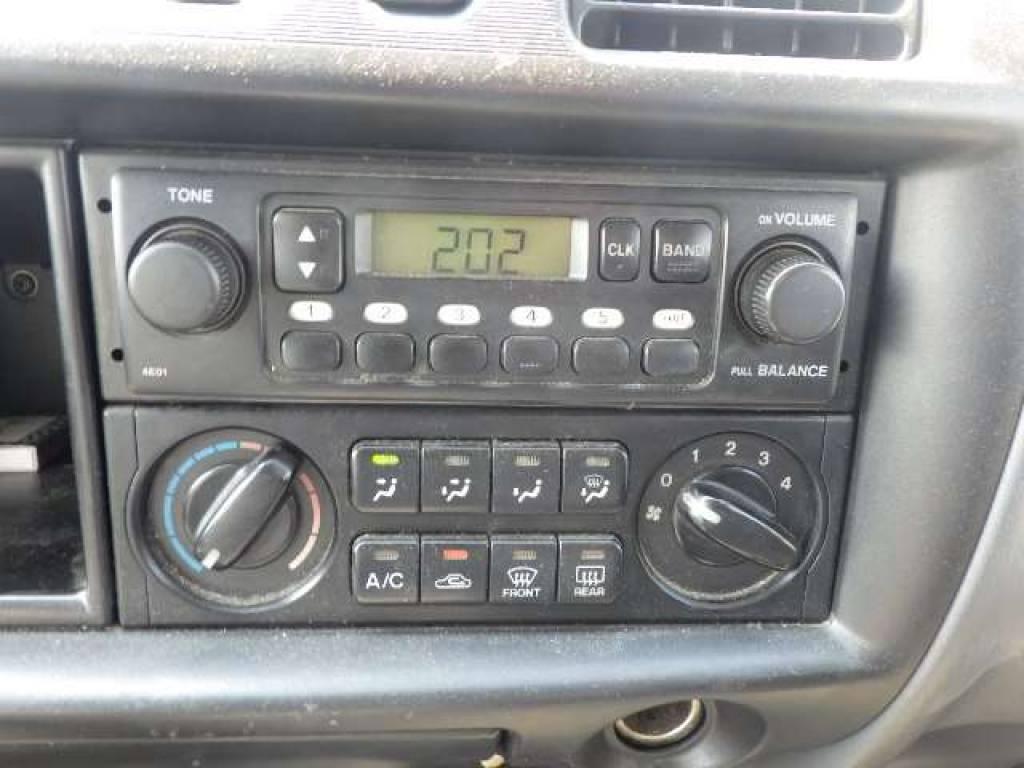 Used 2004 MT Nissan Vanette Van SK82VN Image[12]