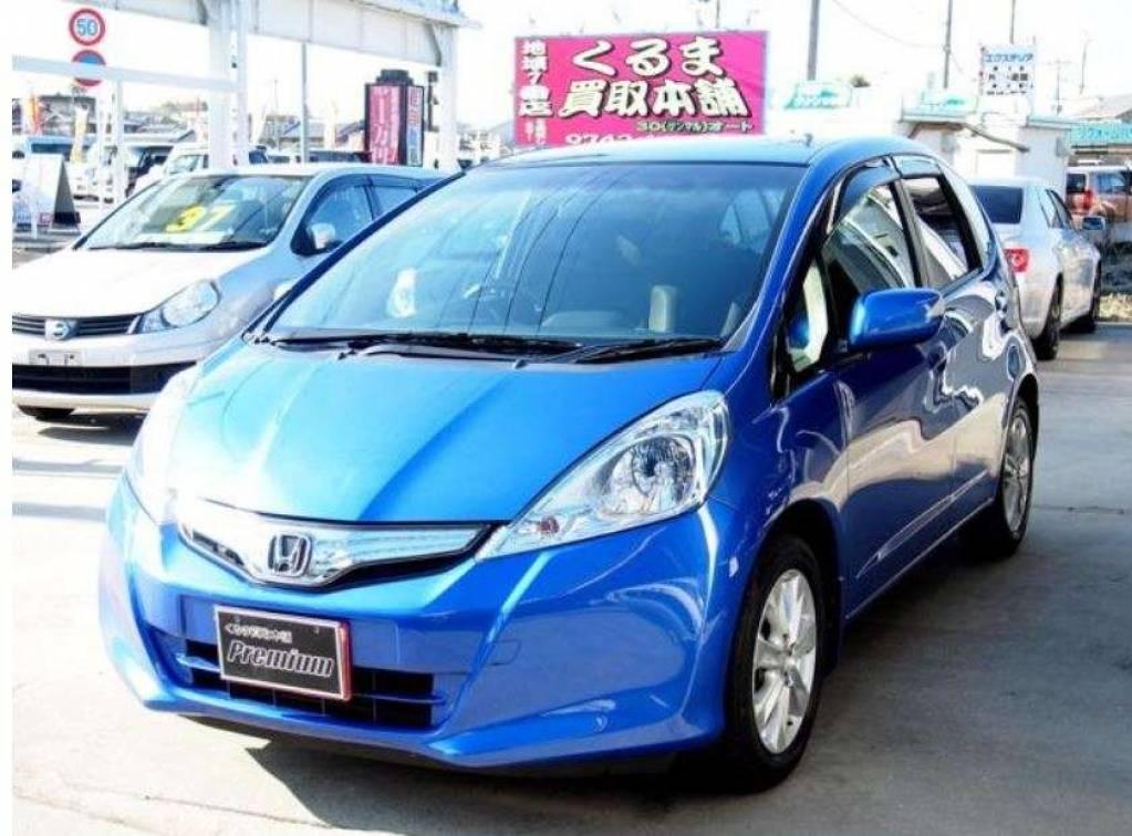 Used 2011 CVT Honda Fit Hybrid GP1