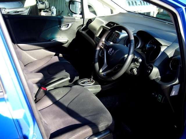 Used 2011 CVT Honda Fit Hybrid GP1 Image[3]