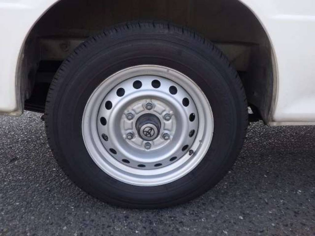Used 2002 AT Toyota Hiace Commuter RZH125B Image[18]