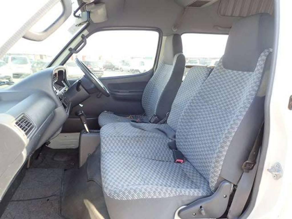 Used 2004 AT Toyota Hiace Commuter TRH124B Image[12]