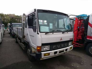 Mitsubishi Fuso Fighter 1989 from Japan
