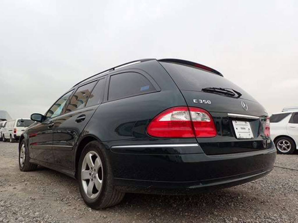 Used 2006 AT Mercedes Benz E-Class 211287 Image[1]