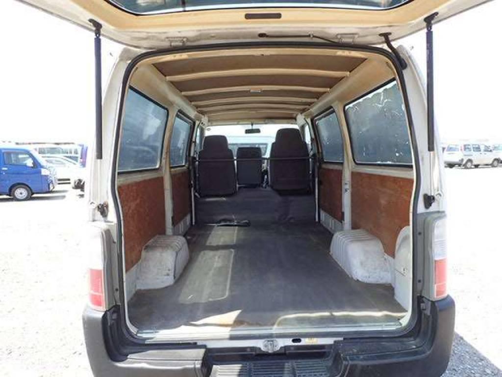 Used 2004 MT Nissan Caravan Van VPE25 Image[5]