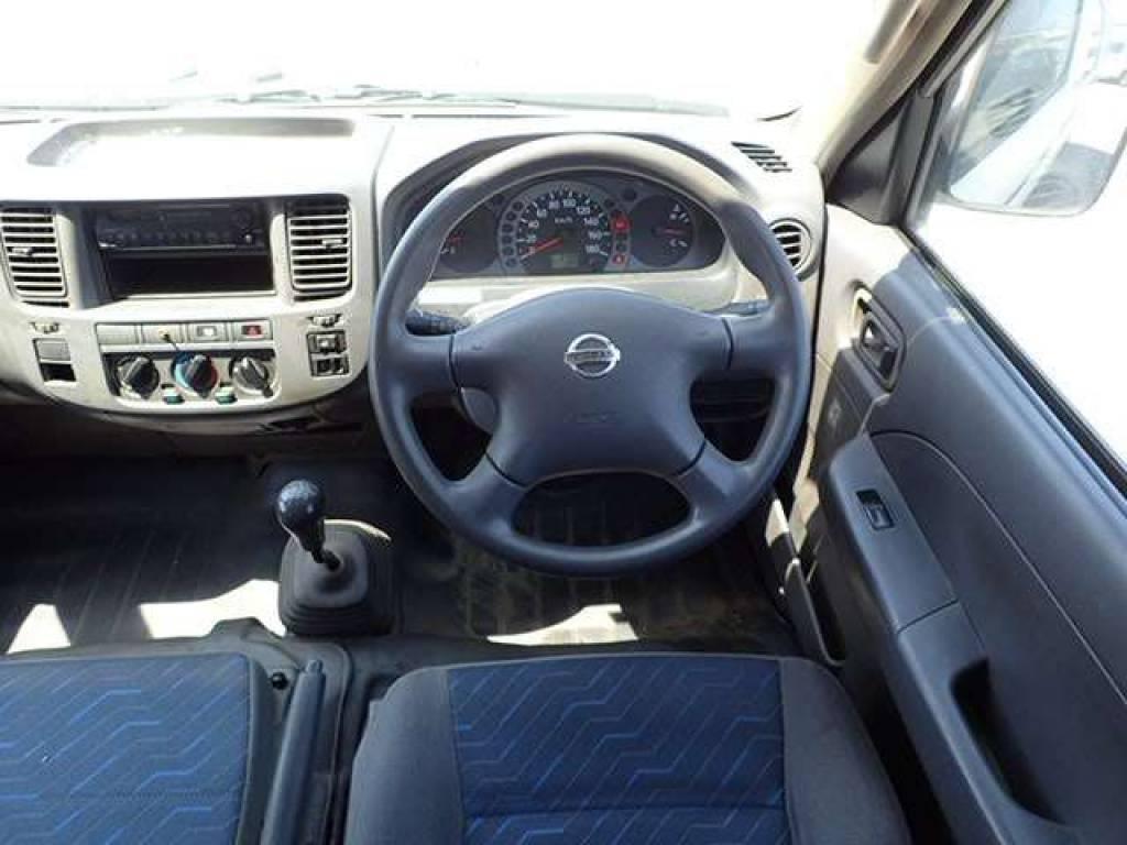 Used 2004 MT Nissan Caravan Van VPE25 Image[10]