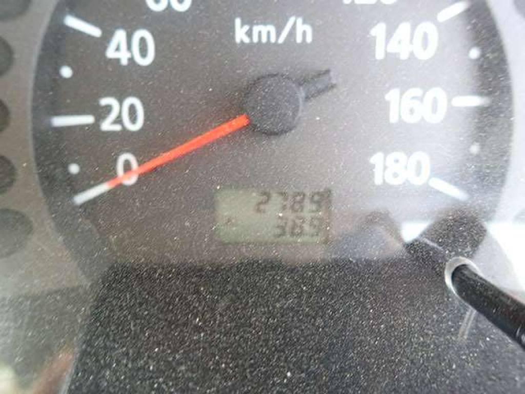 Used 2004 MT Nissan Caravan Van VPE25 Image[11]