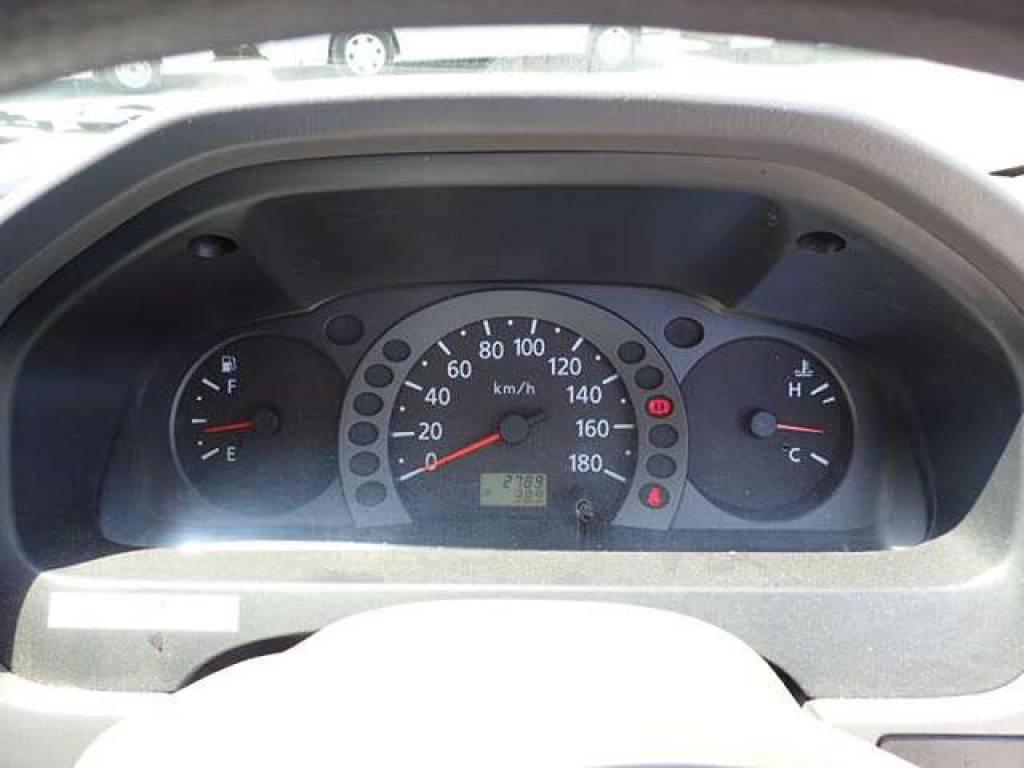 Used 2004 MT Nissan Caravan Van VPE25 Image[12]
