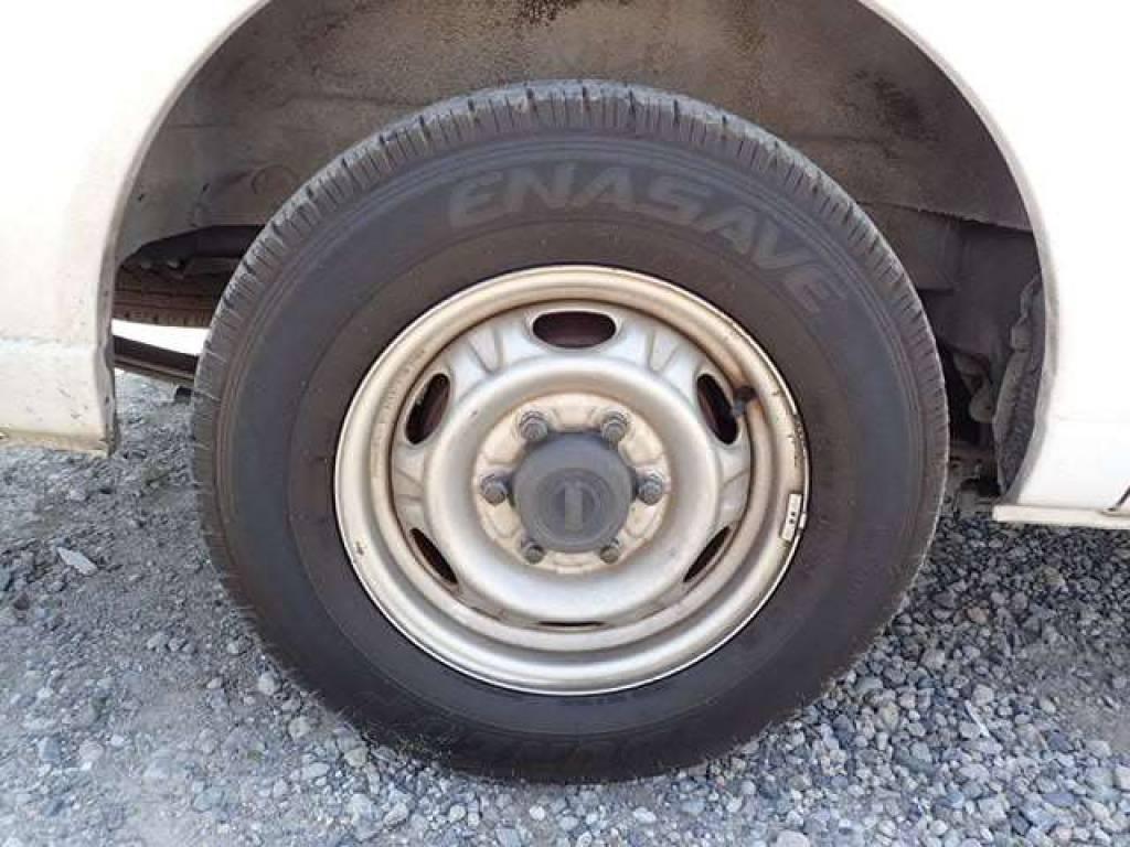 Used 2004 MT Nissan Caravan Van VPE25 Image[18]