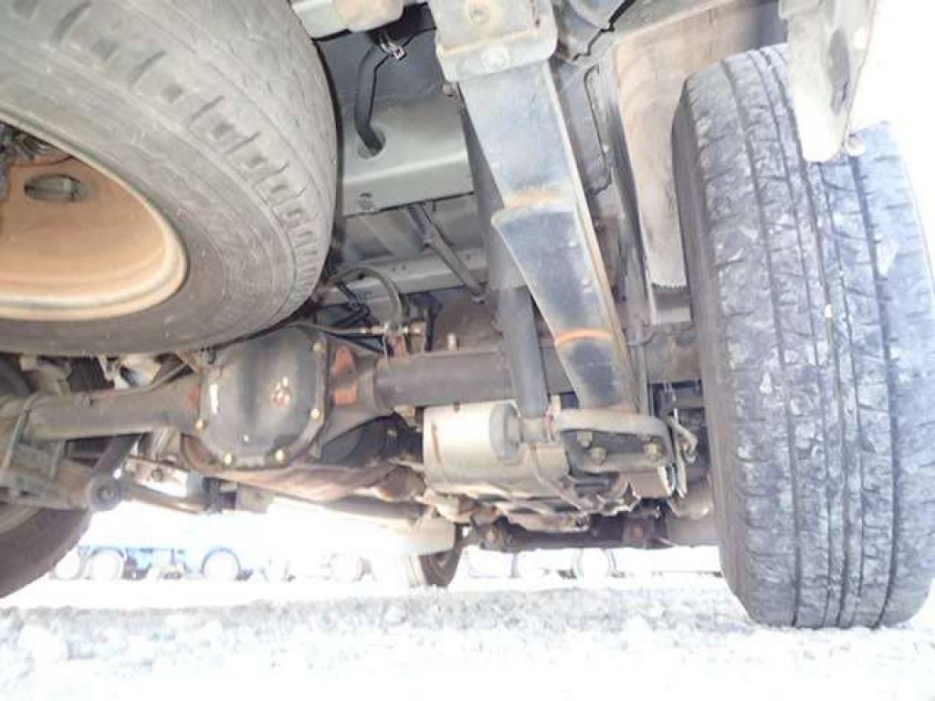 Used 2004 MT Nissan Caravan Van VPE25 Image[25]