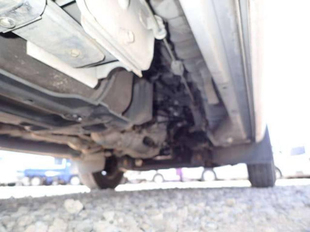 Used 2004 MT Nissan Caravan Van VPE25 Image[27]