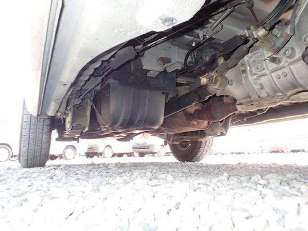 Used 2004 MT Nissan Caravan Van VPE25 Image[28]
