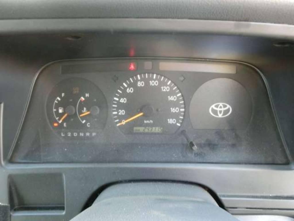 Used 2000 AT Toyota Hiace Van RZH112V Image[24]