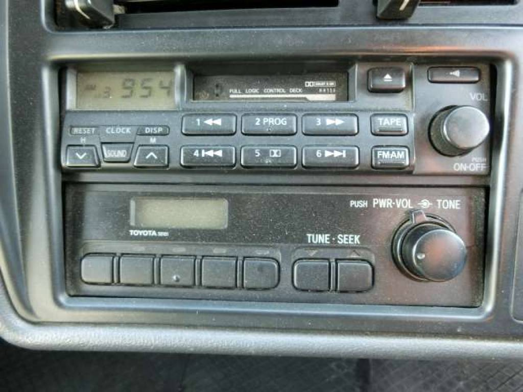Used 2003 AT Toyota Hiace Van RZH112V Image[20]