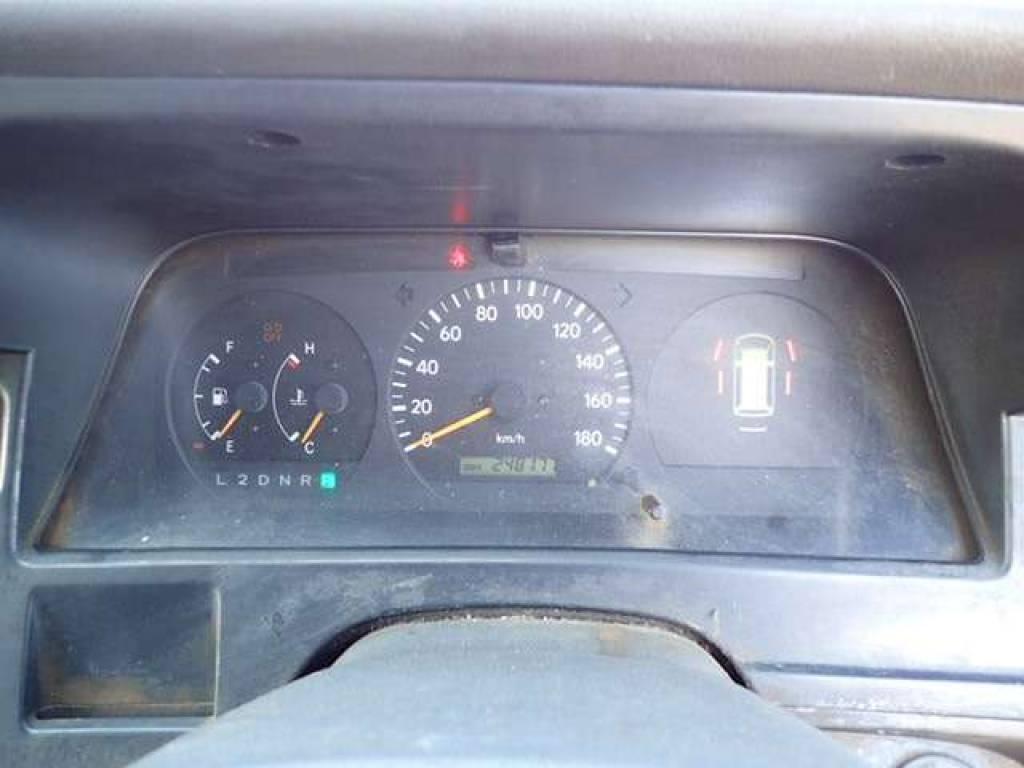Used 1999 AT Toyota Hiace Van RZH102V Image[12]