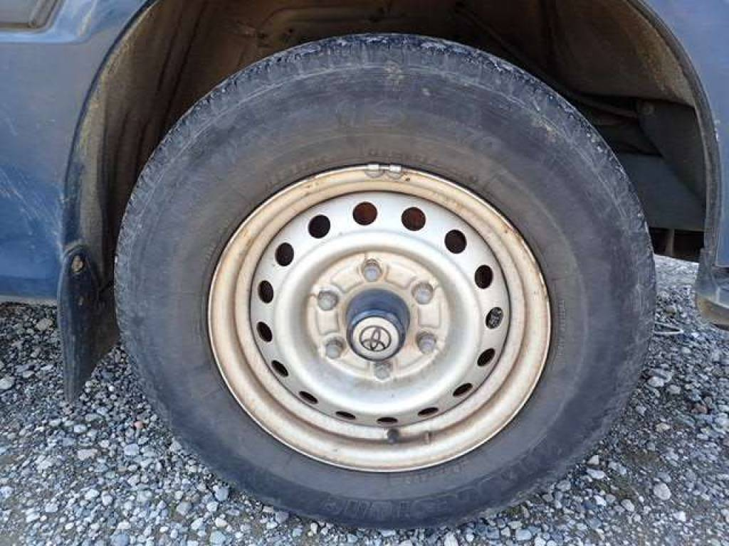 Used 1999 AT Toyota Hiace Van RZH102V Image[14]
