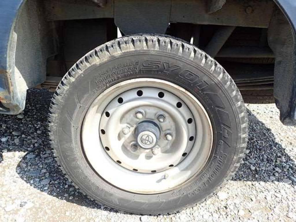 Used 1999 AT Toyota Hiace Van RZH102V Image[16]