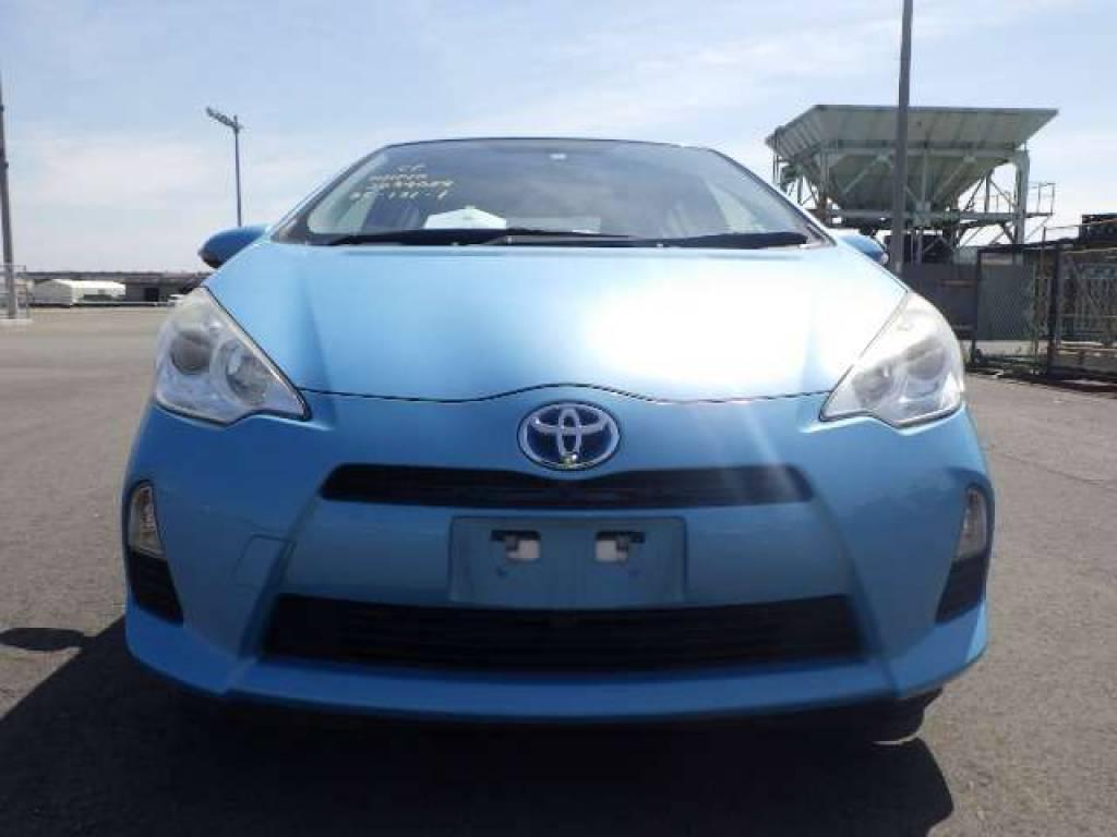 Used 2012 AT Toyota Aqua NHP10 Image[4]