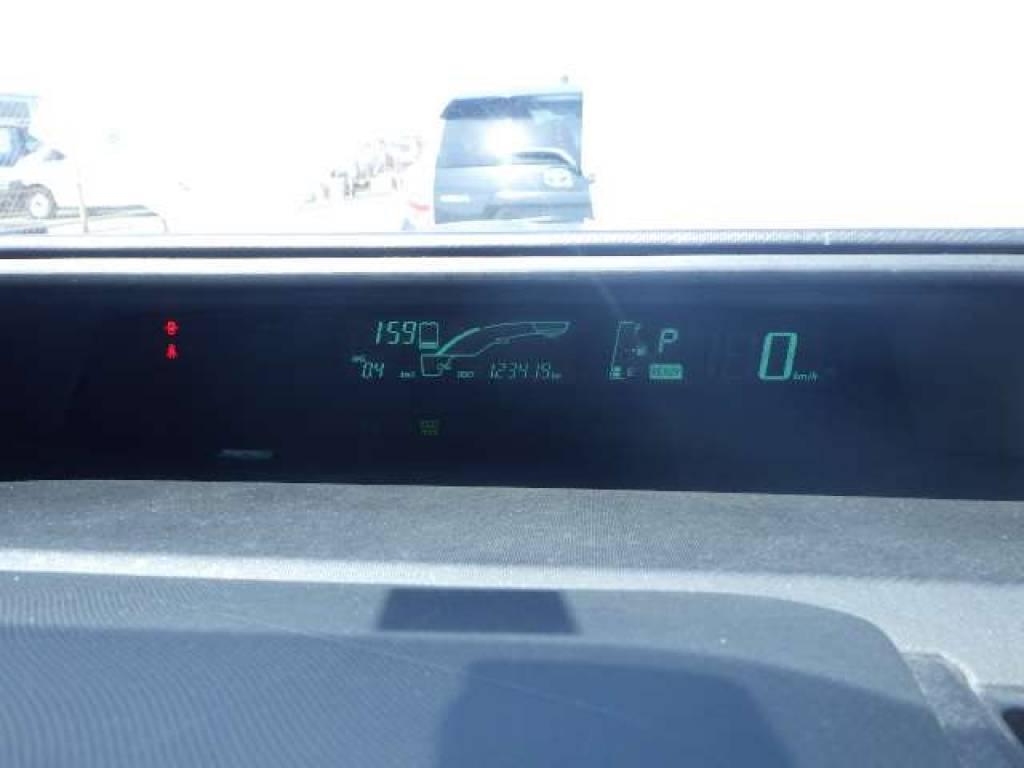 Used 2012 AT Toyota Aqua NHP10 Image[13]