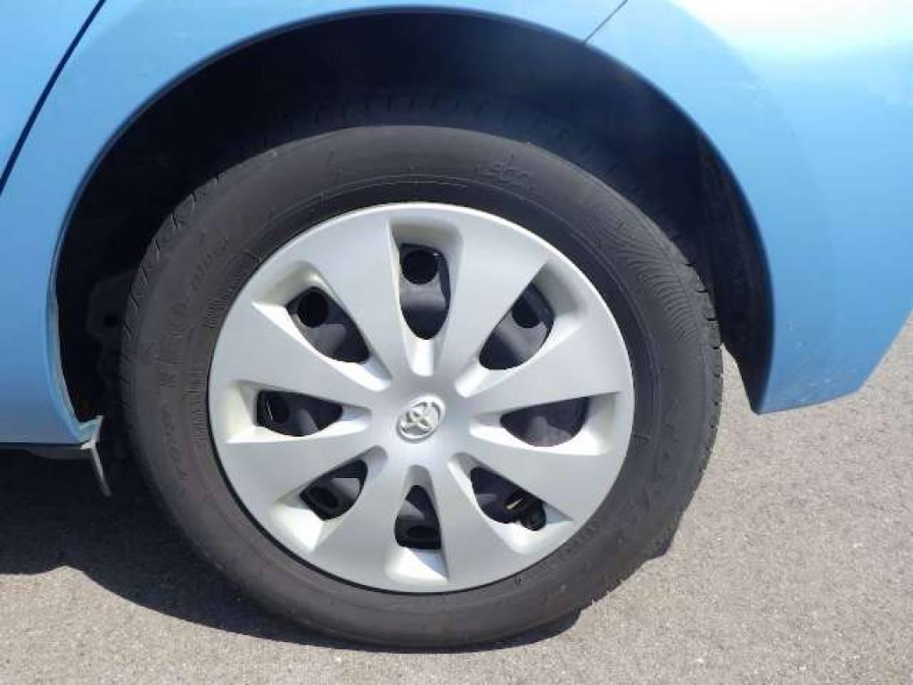 Used 2012 AT Toyota Aqua NHP10 Image[18]