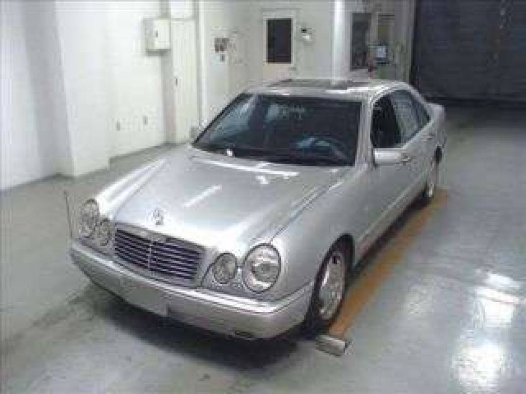 Used 1998 AT Mercedes Benz E-Class 210070