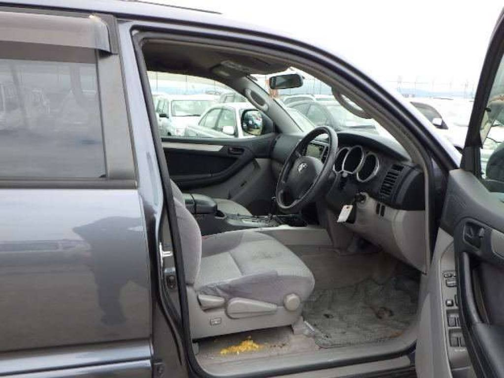 Used 2004 AT Toyota Hilux Surf RZN215W Image[9]