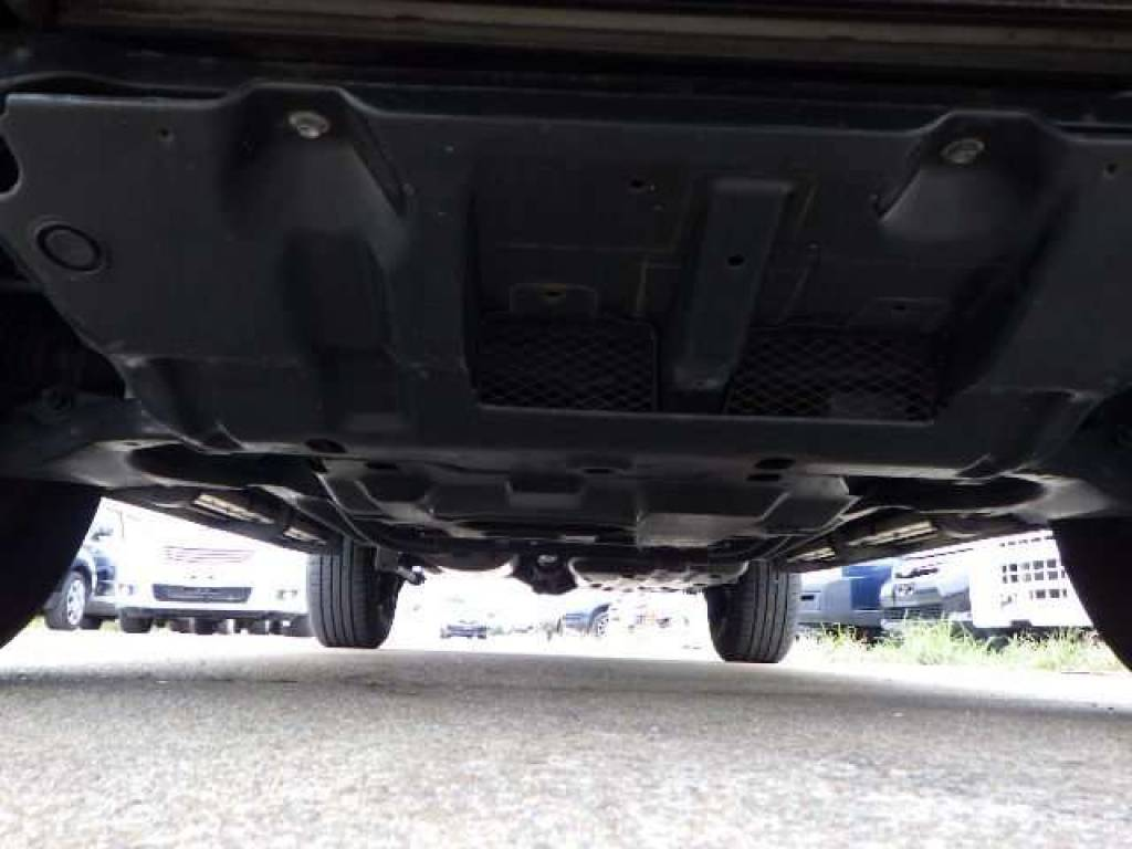 Used 2004 AT Toyota Hilux Surf RZN215W Image[19]