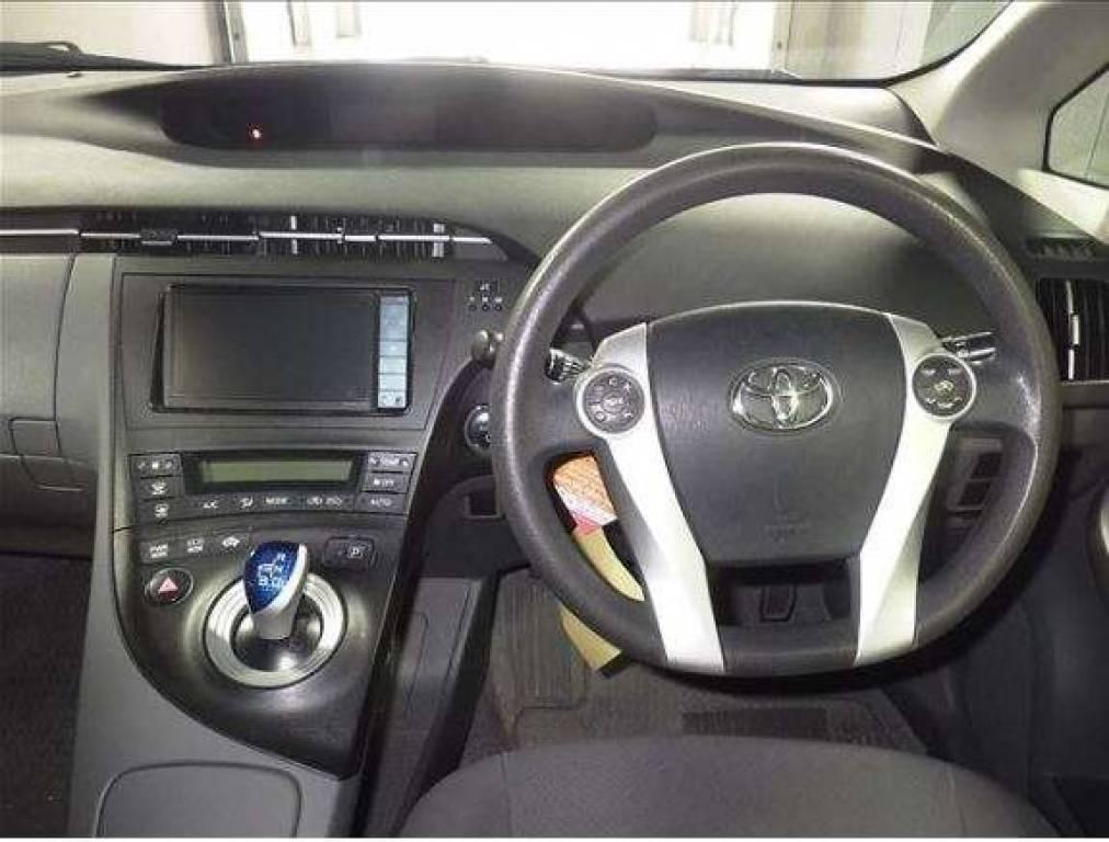 Used 2010 AT Toyota Prius ZVW30 Image[3]