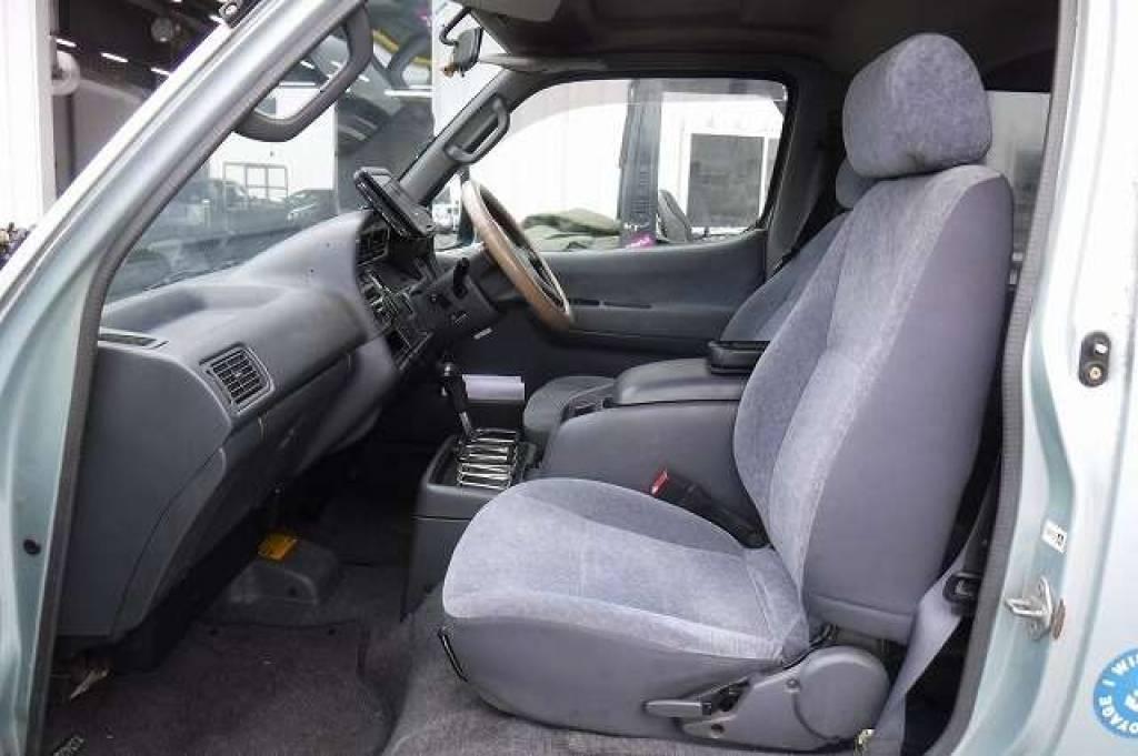 Used 2003 AT Toyota Hiace Van RZH102V Image[13]