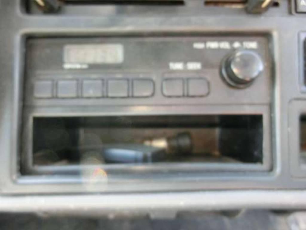 Used 2000 AT Toyota Hiace Van RZH112V Image[18]
